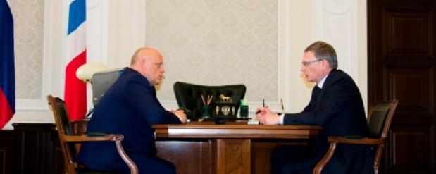 Назаров обсудил с новым губернатором Омского региона Бурковым поручения Путина