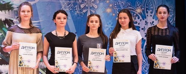 Пяти молодым людям из Омска дадут по 100 тысяч рублей
